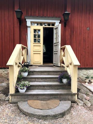 Inspektorbostaden i herrgårdsmiljö vid Hedströmmen
