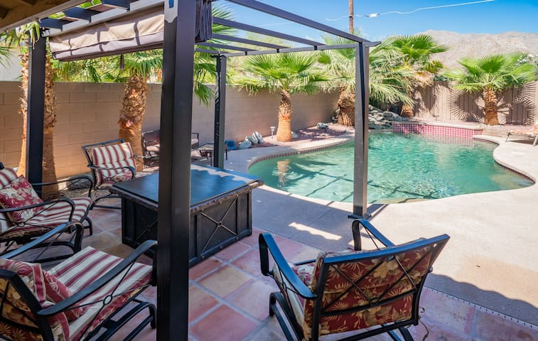 3BR/2BA Summer Oasis w/Pool & Patio Misting System