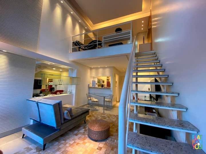 #103# Duplex de 01 Qto em frente ao Parque Flamboyant todo mobiliado, decorado e climatizado lindo e decorado