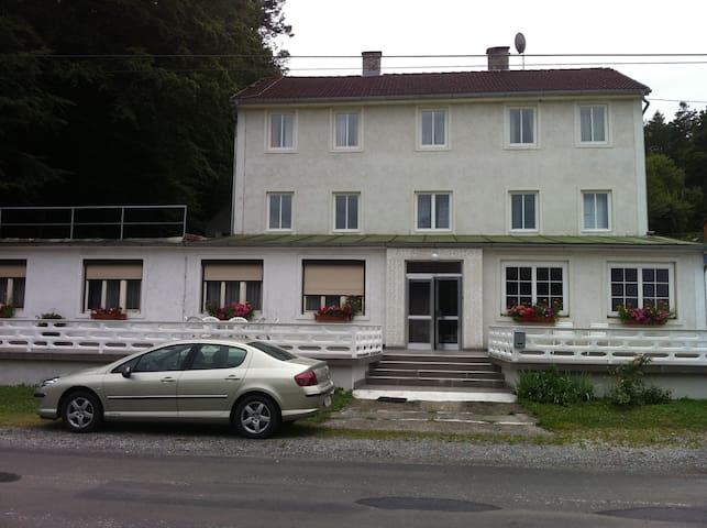 Elegant near Forest and  railway station - Sankt Johann in der Haide - Byt