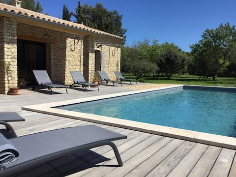 "Villa de standing la ""Farigoule"", piscine."