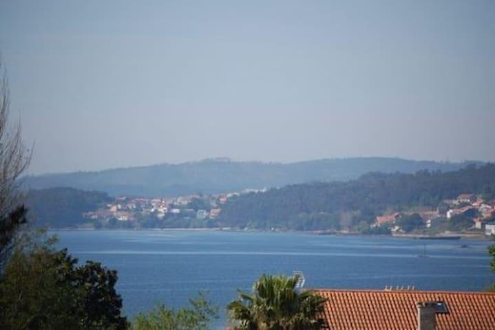 Apartamento luminoso a 50 metros de la playa - Boiro - Apartment
