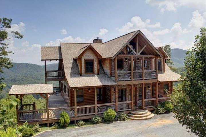 MLC_The_Lodge - Blue Ridge - House