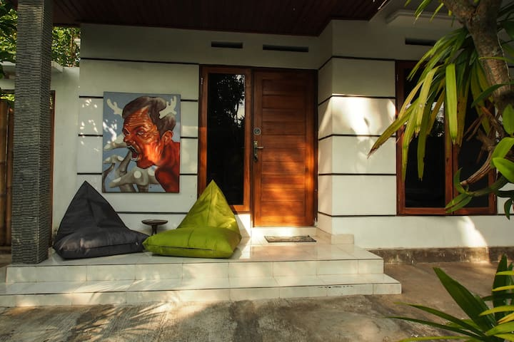 2 BR Holiday House with Kitchen I - Padang - Rumah