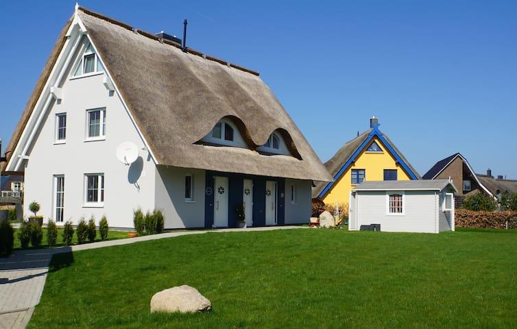 Casa Baltica - gemütliches Reethaus - Wlan frei! - Börgerende-Rethwisch - Dům