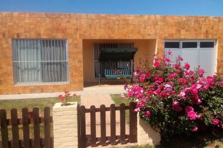 Alquiler de casa en playa Los Botes, La Paloma