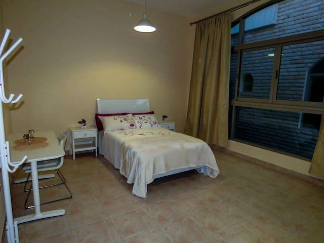 Lovely Big Room - Villas Corniche