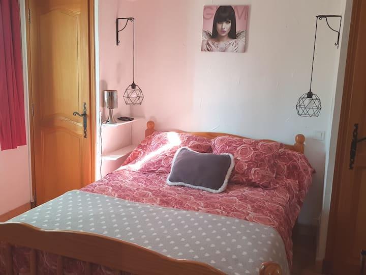 Petite chambre près de St Tropez.