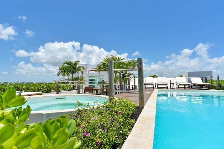 14 Guest in LUXE SEAVIEW POOL near 8 BEACH CLUBS - Playa del Carmen - Apartamento