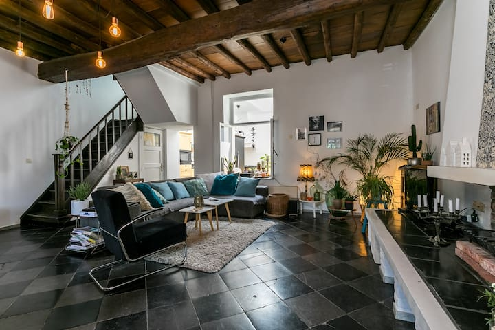 Authentic house (6p), top location near Maastricht