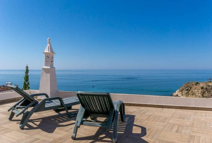 Studio/OceanView/50m from the beach