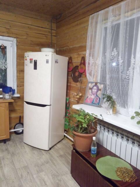 Сдам комнату в коттедже с отдельным входом