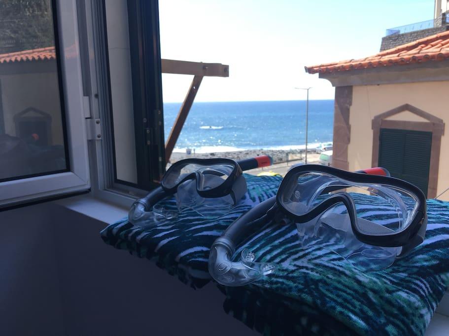 Towels & snorkling available / Toalhas e óculos de mergulho disponíveis