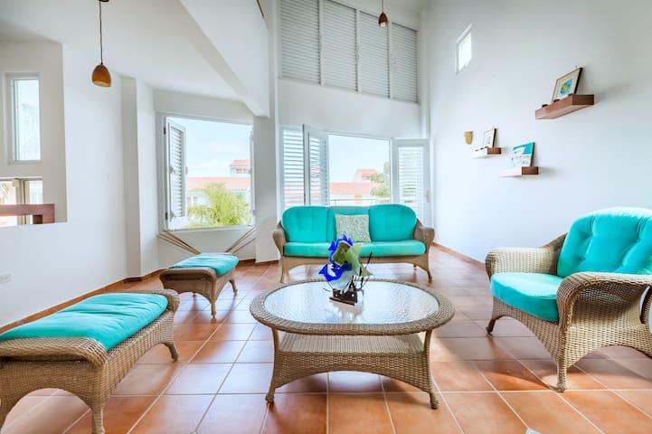 Villa Montecarlo | Spacious 3 bedroom villa with private pool