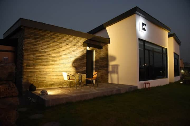 Independent House, Romantic Sunset 제주 감성힐링 독채하우스