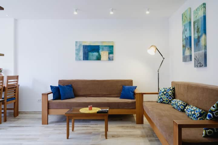 Brand new lux apartment in central pedestrian zone