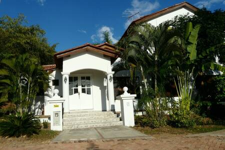 Casa en La Colina - Girardot
