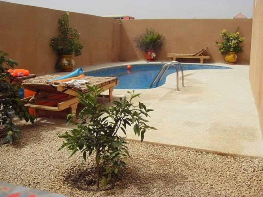 piscine 25