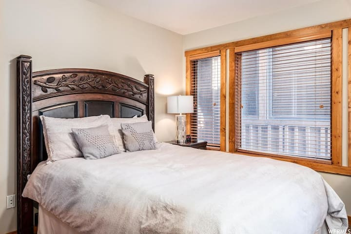 Second floor bedroom with queen bed and sofa bed