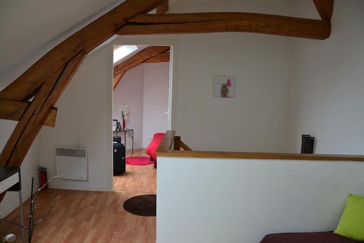 Logement meublé chez l'habitant - Linas - Hus