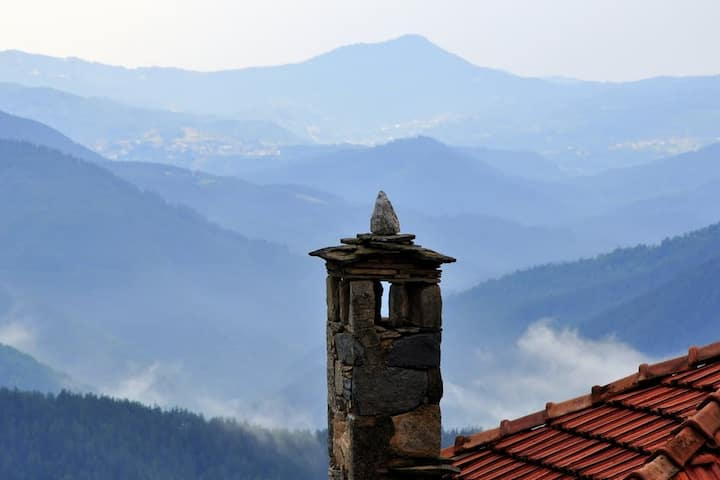 Villa 'The nest', Rhodope mountains, Banite
