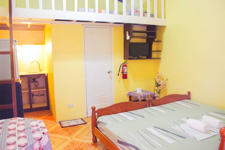 King Size Bed w/Kitchen&Large Pool near Alona-RM 5