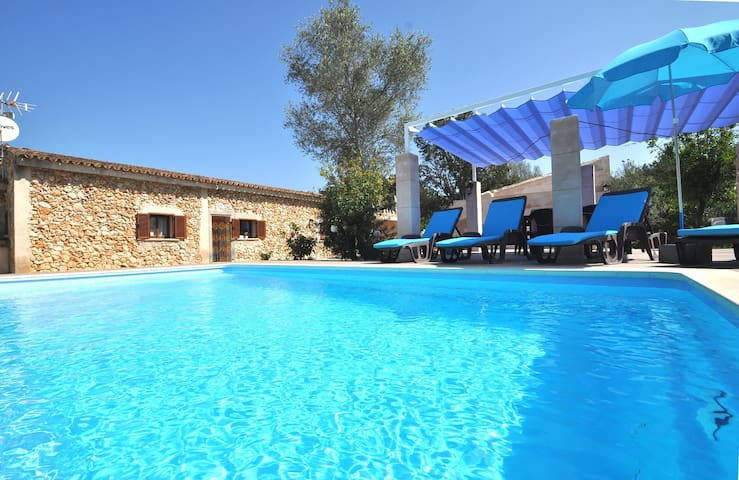 Villa 6 Personen, privater Pool in Costitx, Wifi!