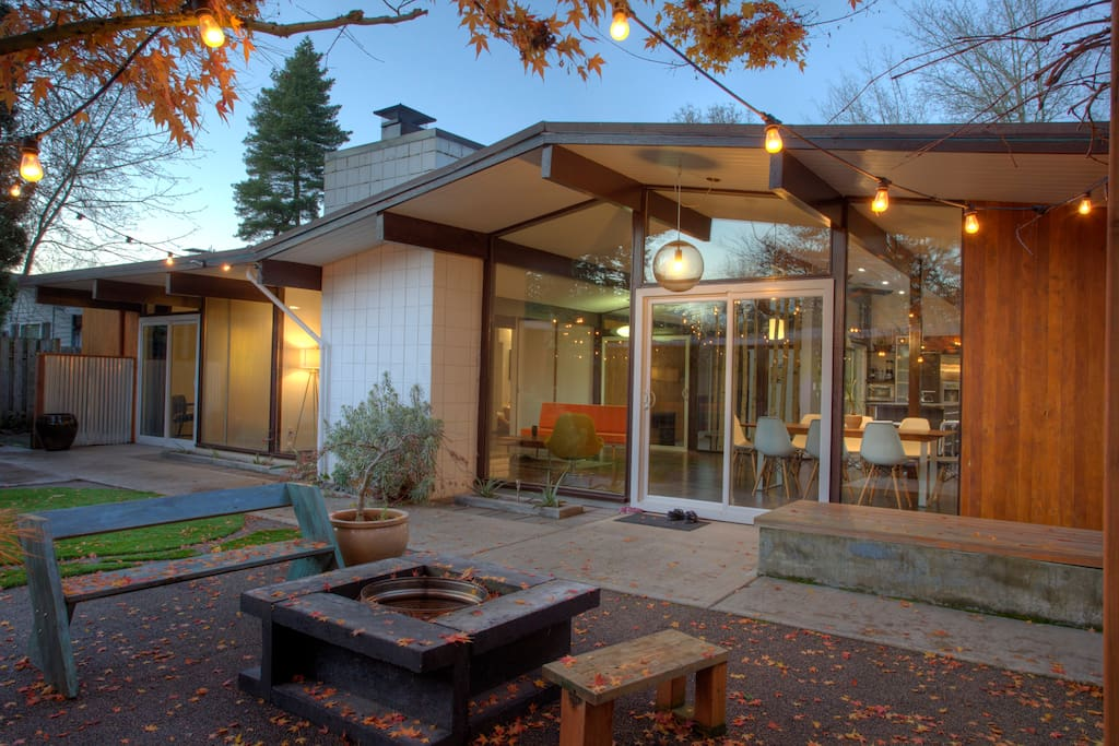 Mid Century Modern Home Houses For Rent In Beaverton Oregon United States
