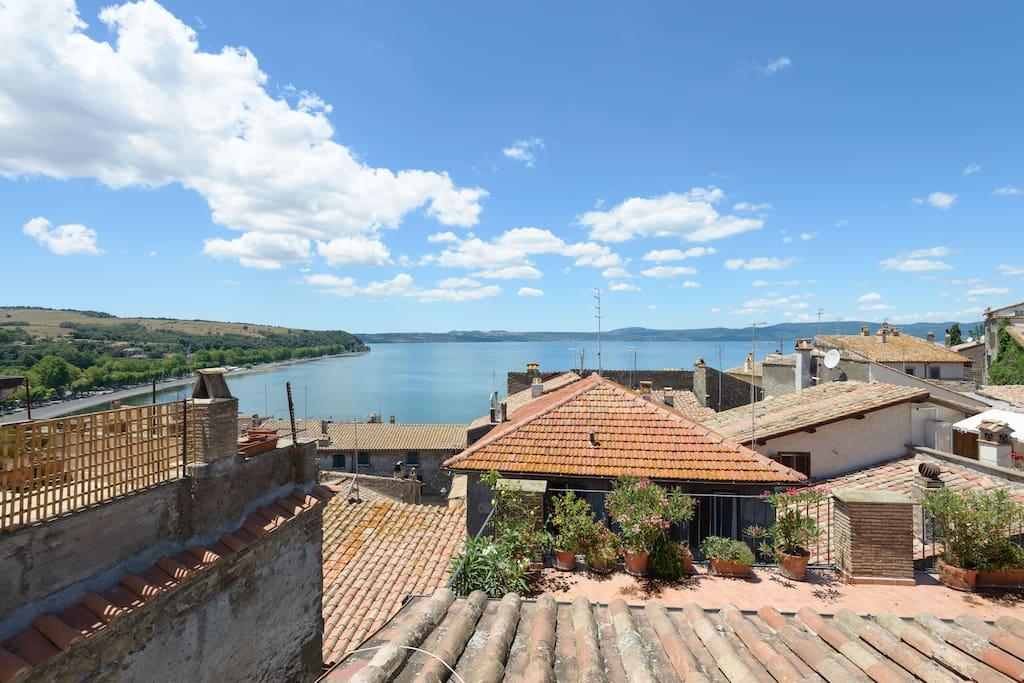 The view from MyCosyRetreatInAnguillara's terrace