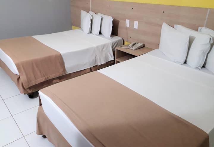 Green Hotel* Quarto 5