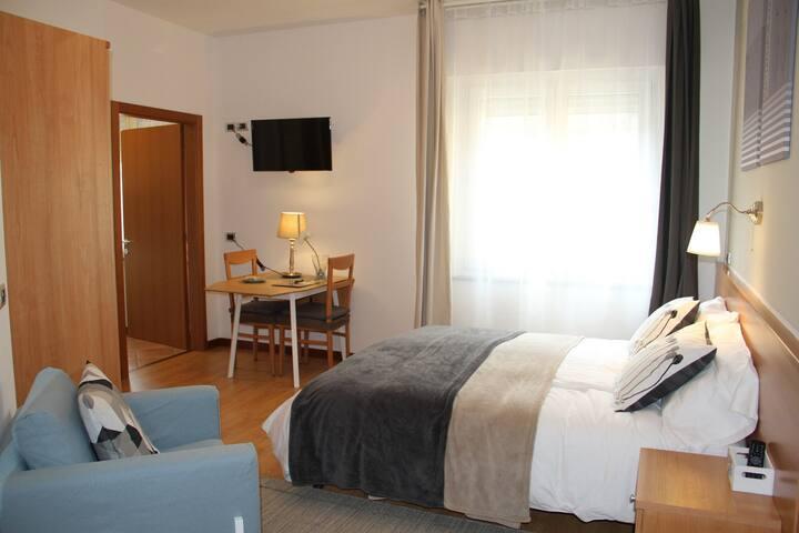 Vignola Rooms 101 + Cucina privata adiacente