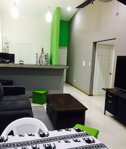 Great House & Airport Shuttle - Liberia
