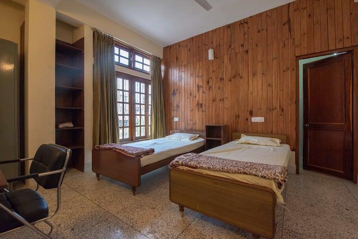 Blue Vanda Bedroom (3)