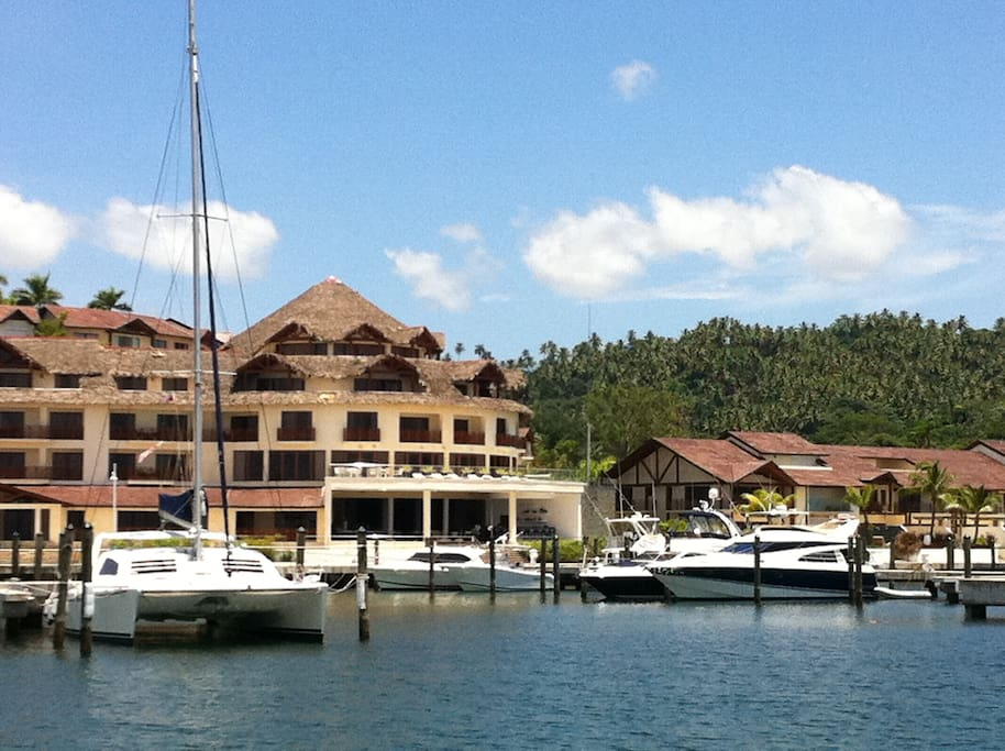 Puerto Bahia Yacht Harbor