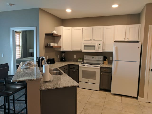 Marble Falls 2BR #1 (FREE WiFi / NO CLEAN FEE) - Marble Falls