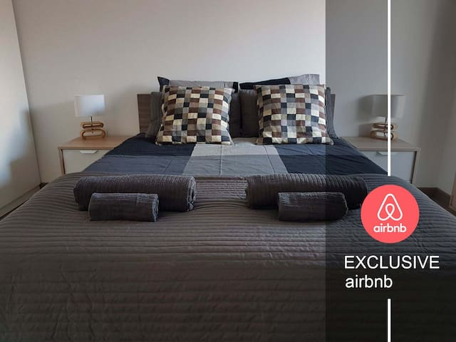 """""""LUX apartment"""" right by GENEVA - private parking"""