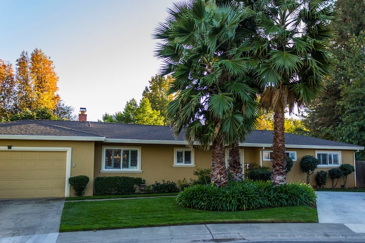 Great for Families, Huge Yard, Riverview Culdesac