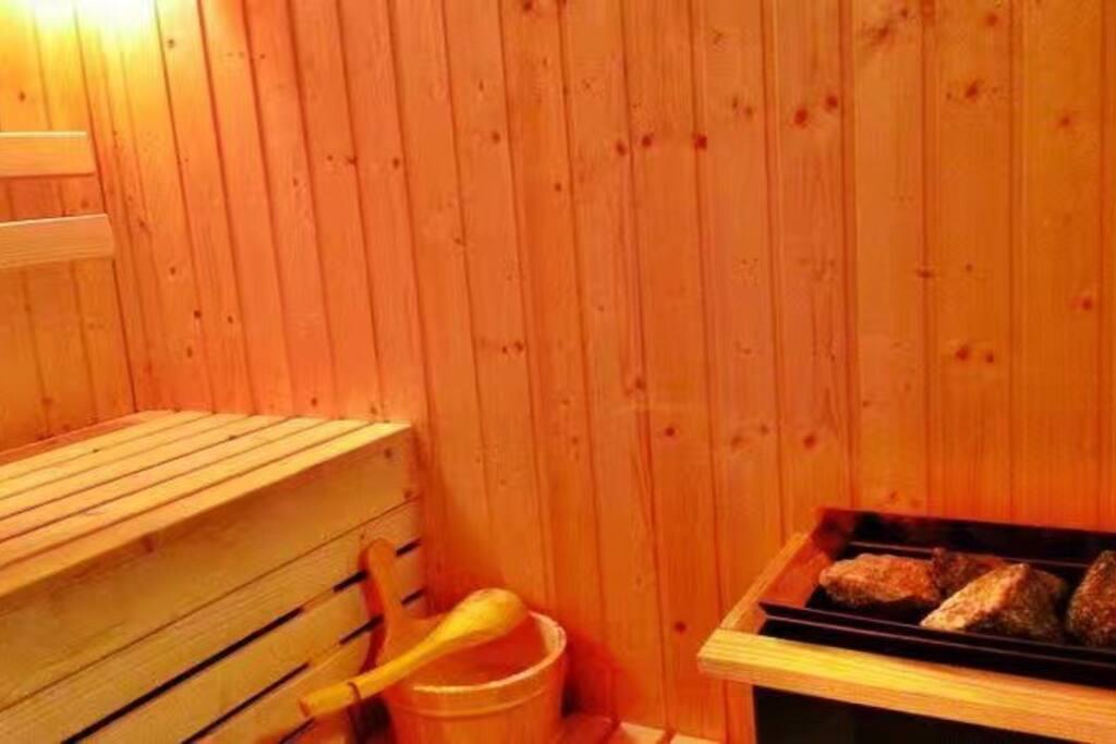桑拿房(sauna)