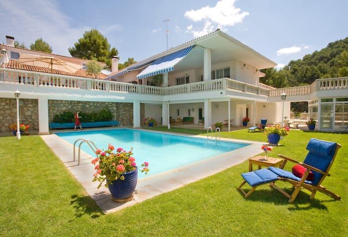 El Vergel, stunning lakeside Villa 1 hr Madrid. - La Alcarria - Casa de camp