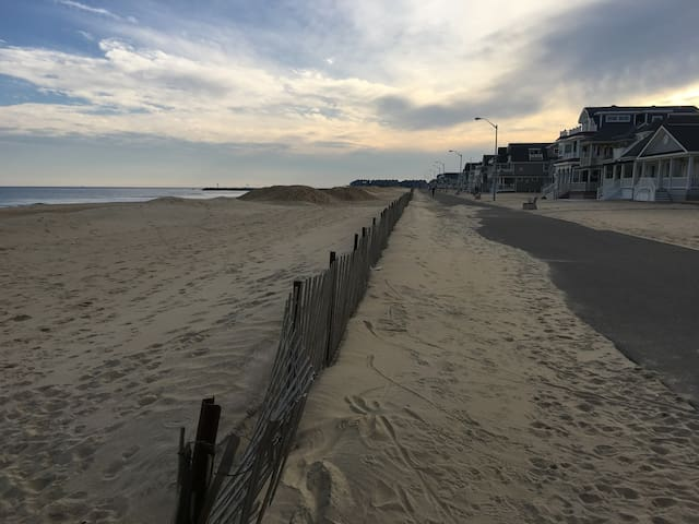 Great Price September & October at Manasquan Beach