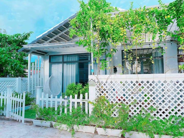 Homestay Lavender cách biển 5p, 3 ngủ, sân vườn ❤️