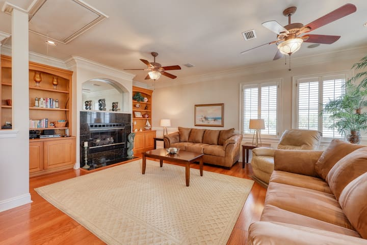 Beautiful Gulf-front home w/ private beach, enclosed yard, patio & balcony!