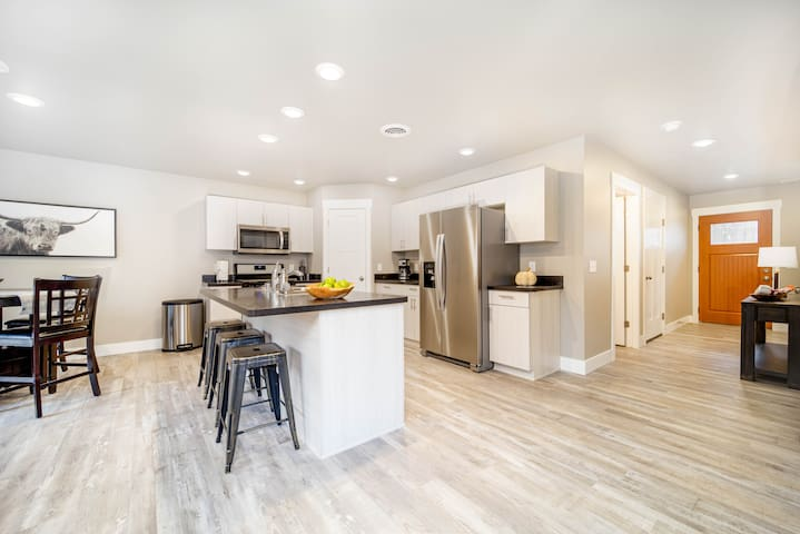 Townhome - brand new in the heart of Billings