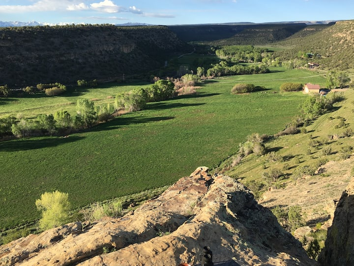 EaglesWings on Spring Canyon-Peaceful Retreat.