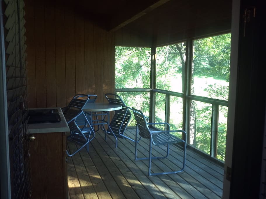Screened in porch with Jen-Air electric grill