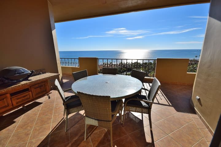 Stellar Ocean Views from your Balcony and outdoor dining set!