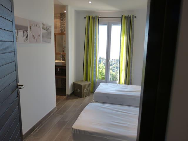 Chambre 2 (vue mer)