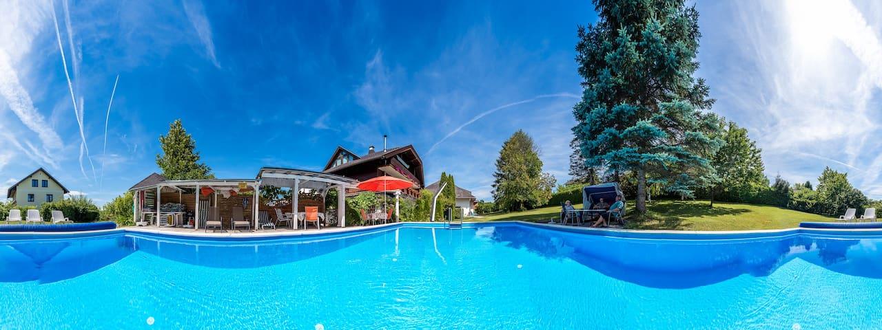 50m² Wohnung mit großem Balkon und Pool - Klopein - Apartmen
