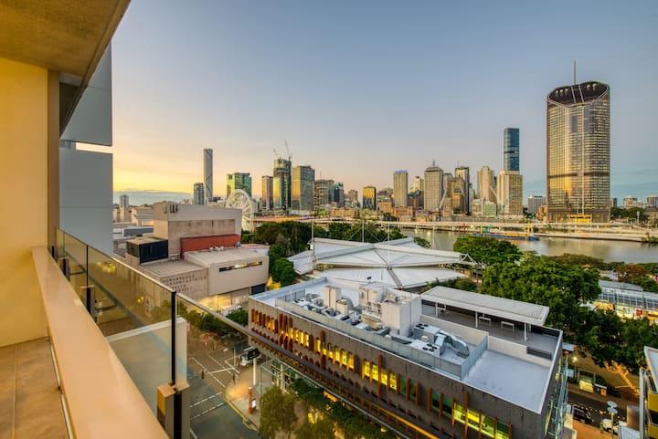 Million Dollar Views & Location! Brisbane's Best!