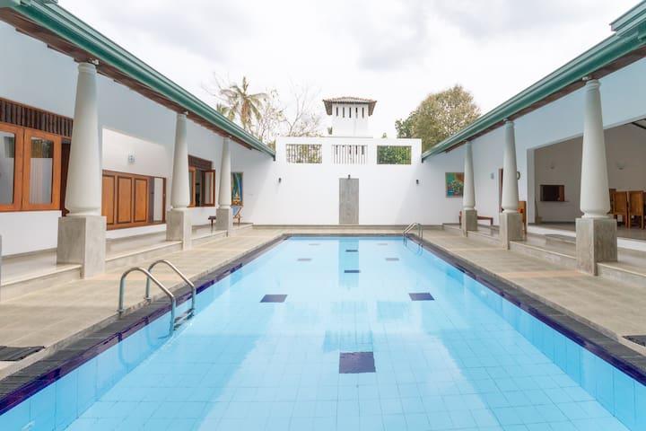 Luxury Boutique Villa-Double Rooms - Kuliyapitiya - Villa
